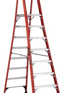 Louisville Fiberglass Pro Platform Ladder 8' 375lbs. Capacity